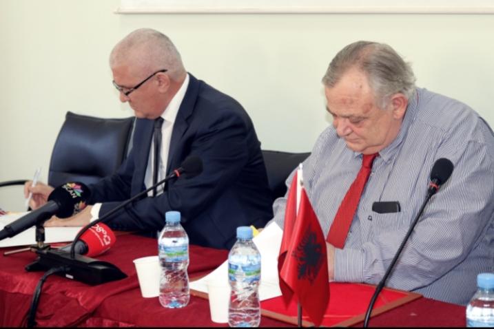 Marrëveshje bashkëpunimi midis Universitetit të Mjekësisë, Tiranë dhe Universitetit Europian të Tiranës